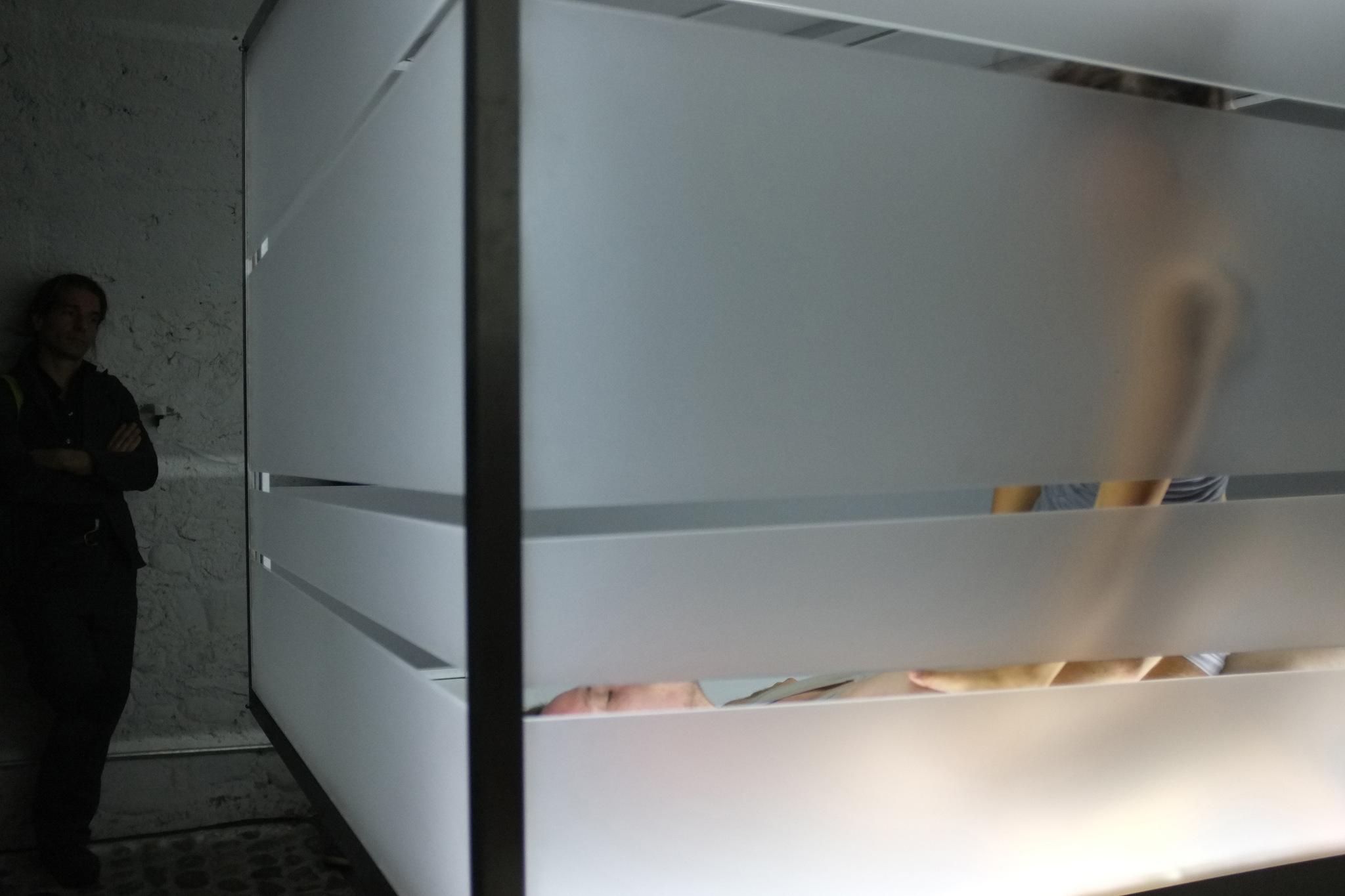 280912_underground_caveaustmartin_cm13-prototype-status-celine-michel-web